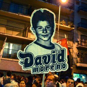 Fotografía del muro David Moreno presente.