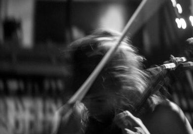 Música, creación, recuerdo y libertad: El Gato Barbieri en vivo en Argentina, entrevistas con Violeta García y con Enrique Peña, y lo nuevo de Brad Mehldau en La Nota Azul