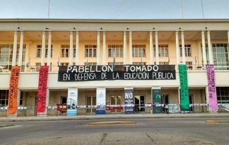 Indignación social por la confirmación del procesamiento de estudiantxs de la UNC